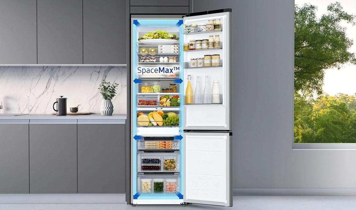 Samsung RB38T774DB1 EF w kuchni