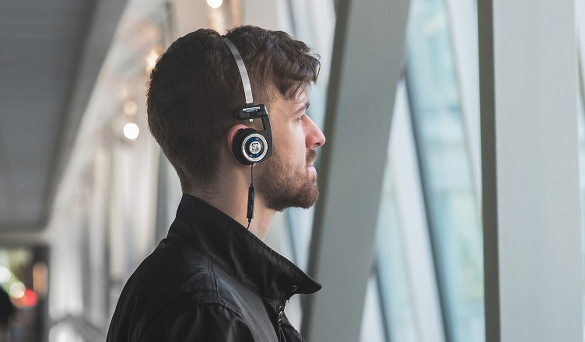 Grafika promująca słuchawki Koss Porta Pro