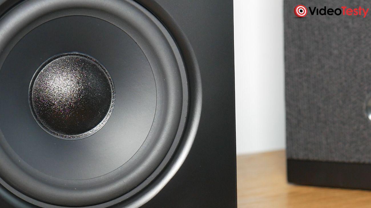AUDIO PRO A26 głośnik z bliska