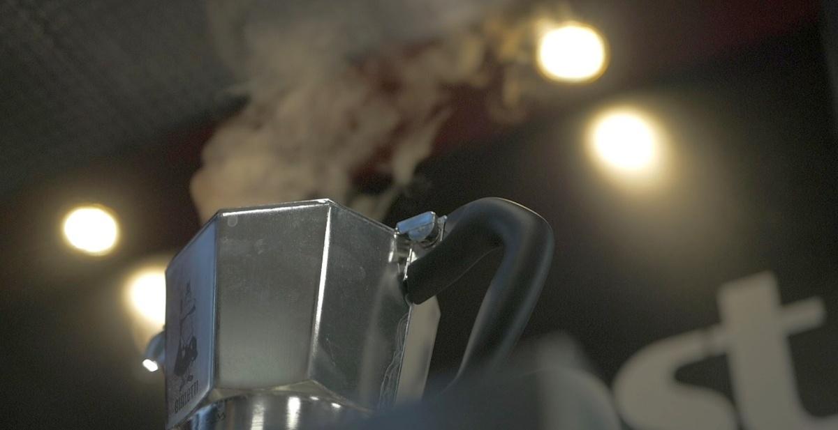 Adapter do kawiarki pozwoli przyrządzać kawę w tradycyjnym stylu