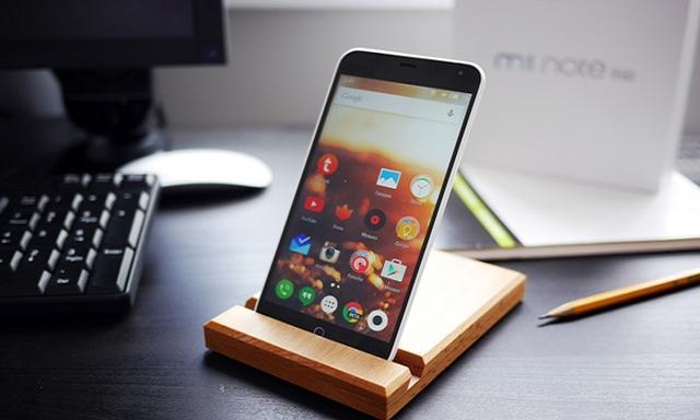 Kolejny 'Max' Smartfon Prosto z Państwa Środka!