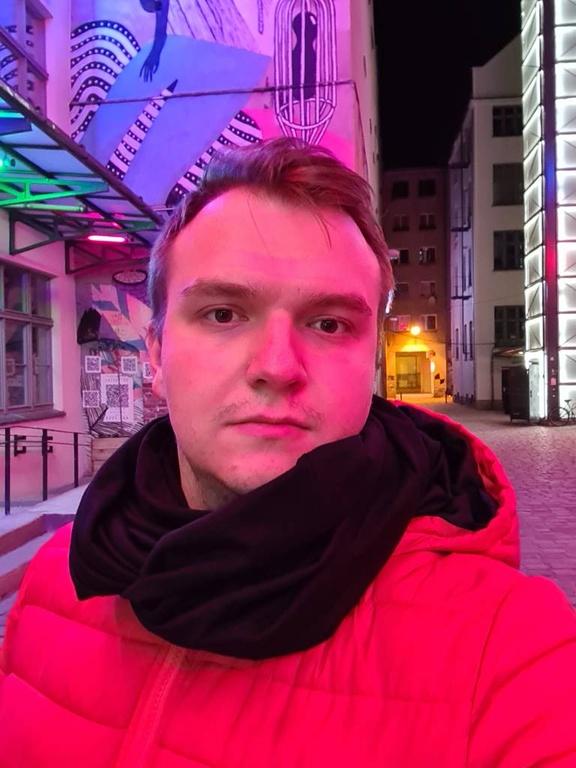 Galaxy S20 Ultra selfie nocą