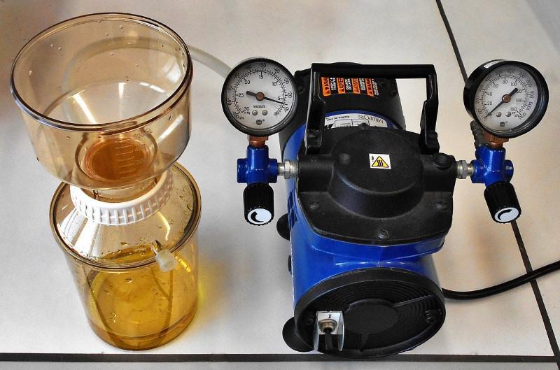 Odkurzacze wodne filtrują z pomocą wody