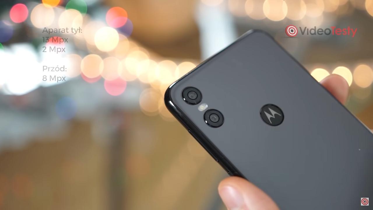 Motorola One oferuje standardowy zestaw dwóch aparatów