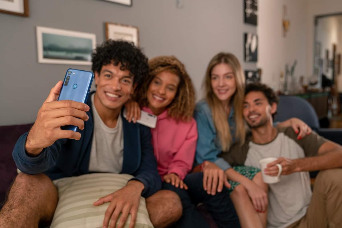 Motorola Moto G8 zaoferuje łącznie cztery aparaty