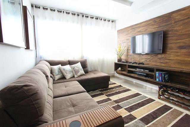 duży telewizor do salonu
