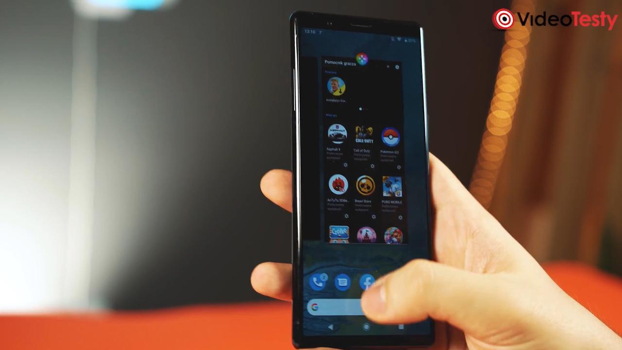 Sony Xperia 5 jest unikalna przez swoją konserwatywność