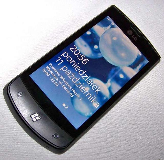 LG E900 Swift 7 z WIndows Phone 7