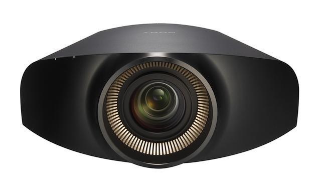 Projektor Sony VPL-VW1000ES o rozdzielczości 4K  na Targach Dom Inteligentny 25-27.10.2012 w Warszaw