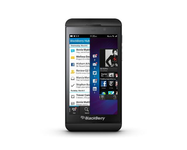 BlackBerry wprowadza na polski rynek nowy smartfon BlackBerry Z10