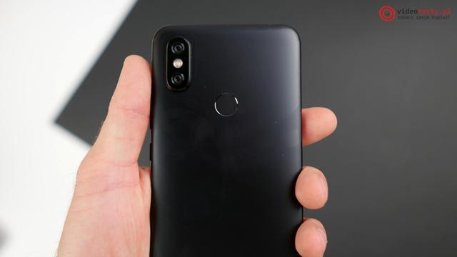 Xiaomi Mi A2 tył wraz z aparatem