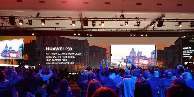 Huawei P30 oraz P30 Pro otrzymają ten sam ekran