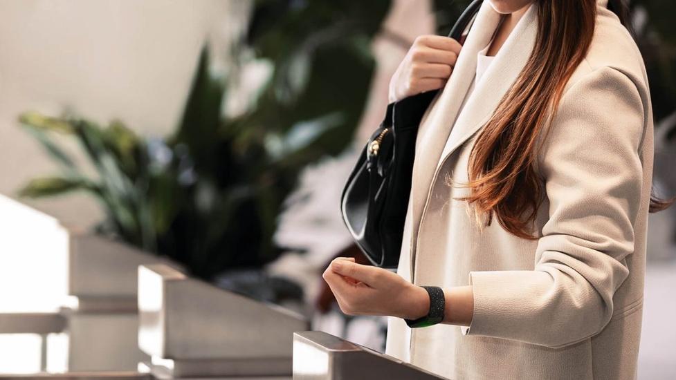 Fitbit Charge 4 w Polsce! Jest GPS i płatności zbliżeniowe