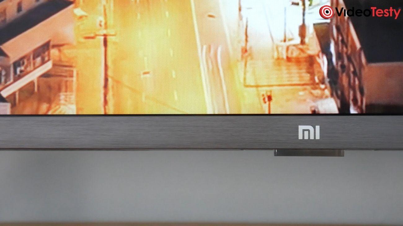 Test Xiaomi Mi TV 4S 43 cale metalowa ramka na dolnej krawędzi