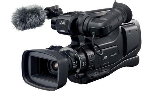 JVC GY-HM70