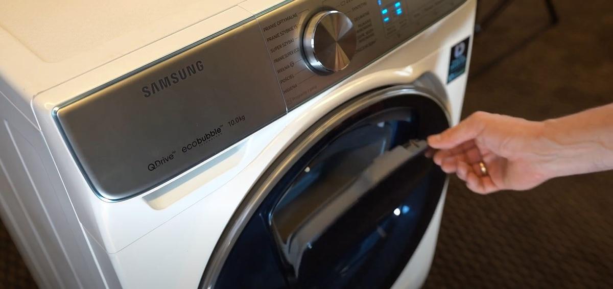 AddWash to wygoda dorzucania prania w dowolnym momencie