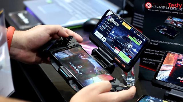ROG Phone II połączymy z szeregiem urządzeń poprawiających rozgrywkę