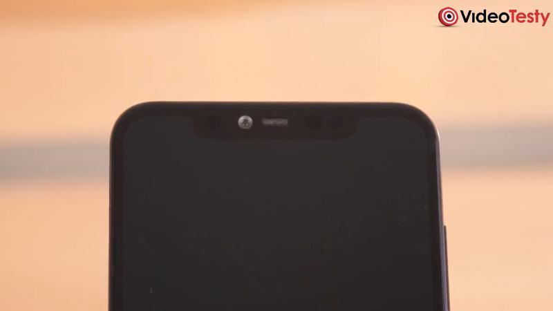 Mi 8 Pro ma za duże wcięcie u góry ekranu