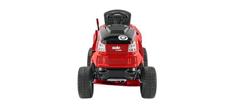 Traktorek AL-KO T 15-95.6 HD-A (127367) na białym tle