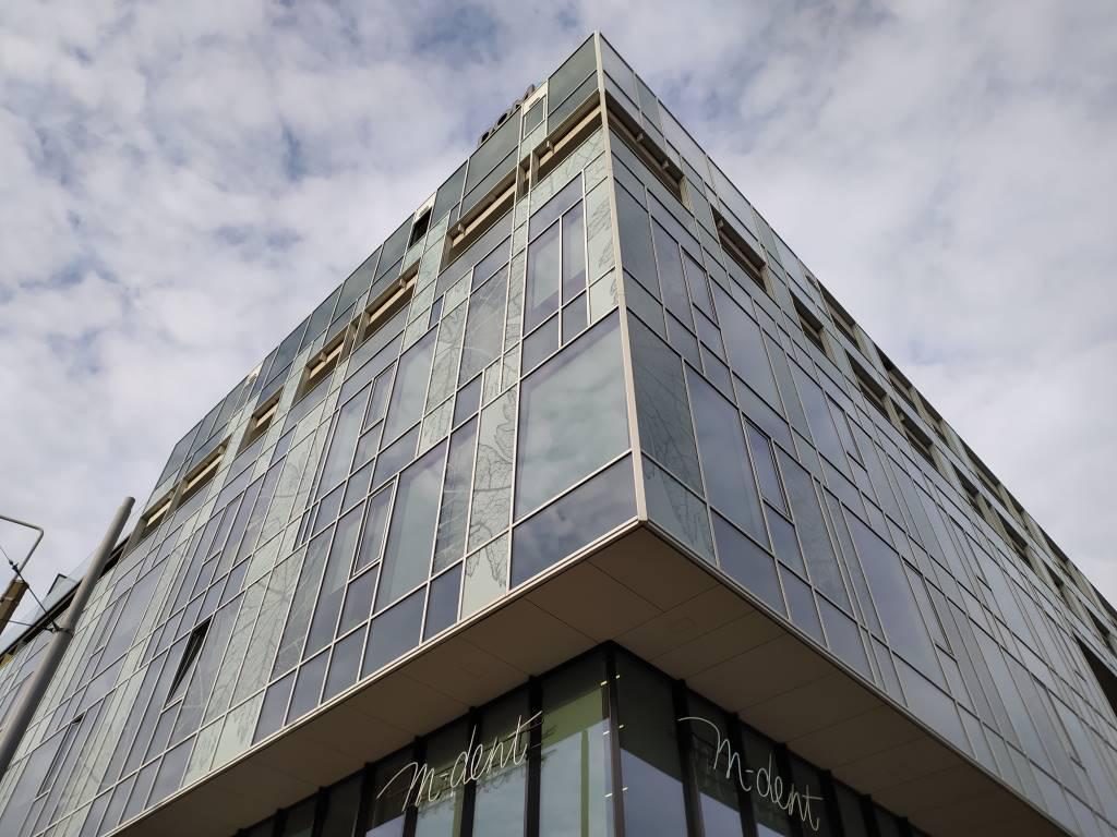 Redmi Note 8T - budynek w trybie HDR