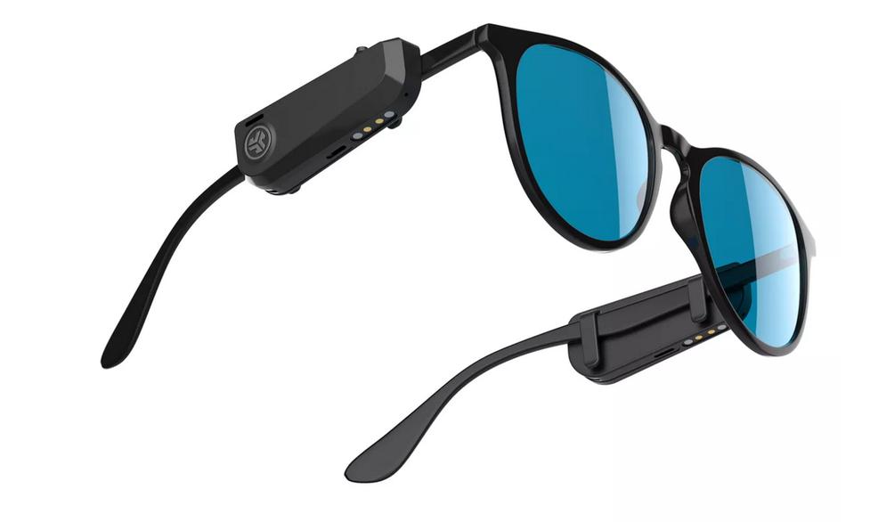 Nowe słuchawki JLab przypniemy do zwykłych okularów