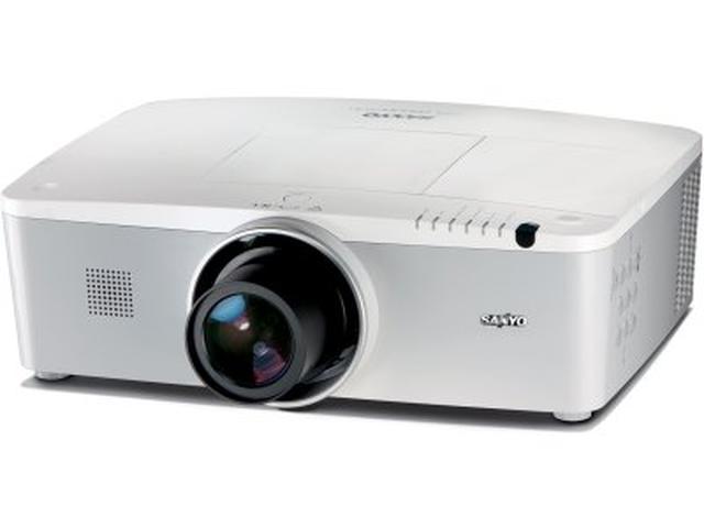 Sanyo przedstawia projektory instalacyjne PLC-XM150L i PLC-XM100L