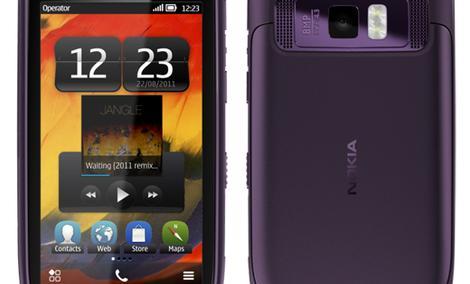 Nokia 701 - smartfon z Symbian Belle