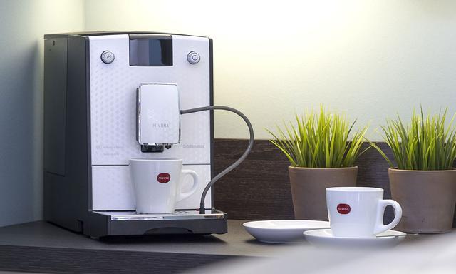 automatyczny ekspres do kawy Nivona CafeRomatica 778
