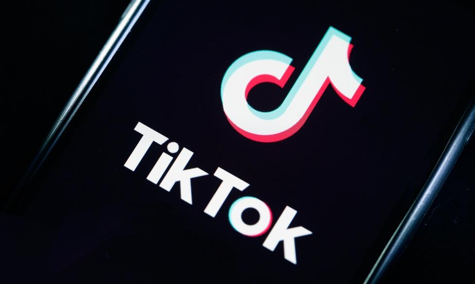 Aplikacja TikTok z dwoma miliardami pobrań