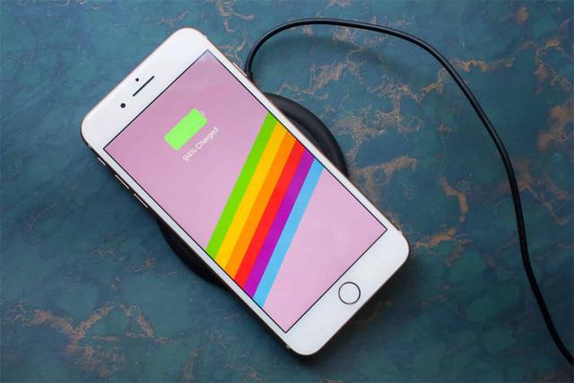 Bezprzewodowe Ładowanie w Smartfonach
