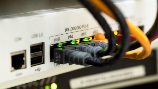 Ultraszybki internet nie dotrze szybko do domów