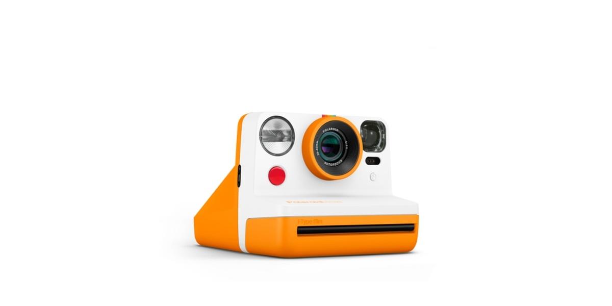 Polaroid Now pozwala skorzystać między innymi z samowyzwalacza