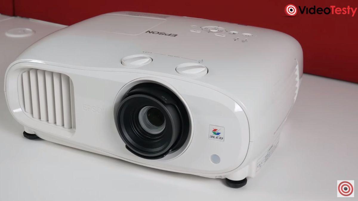 Epson EH-TW7000 design