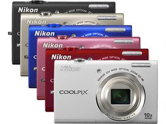 Nikon Coolpix S6200 - lekki i smukły aparat fotograficzny