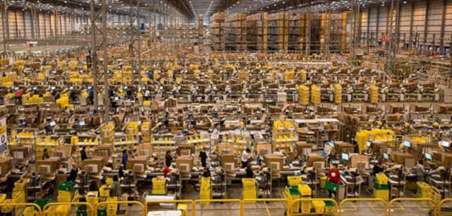 Ogromne magazyny Amazon rozsiane są po całym świecie