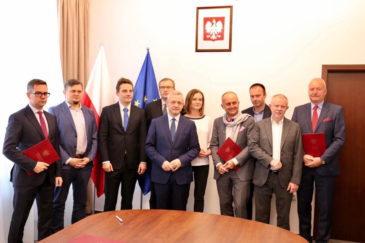 Podpisane porozumienie pozwoli stworzyć Polskie 5G (fot. Paweł Borys)