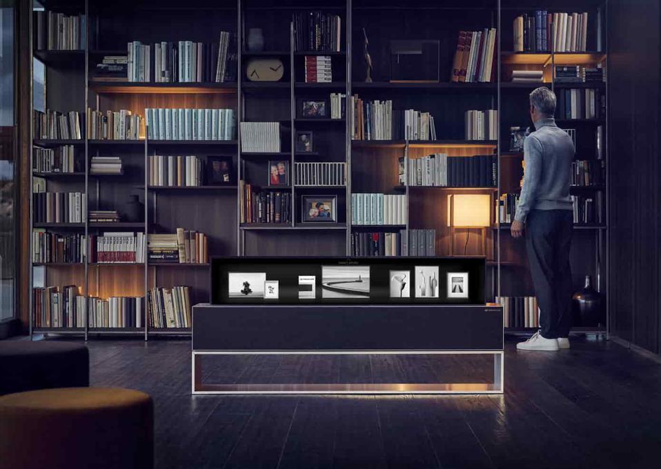 LG SIGNATURE OLED TV R
