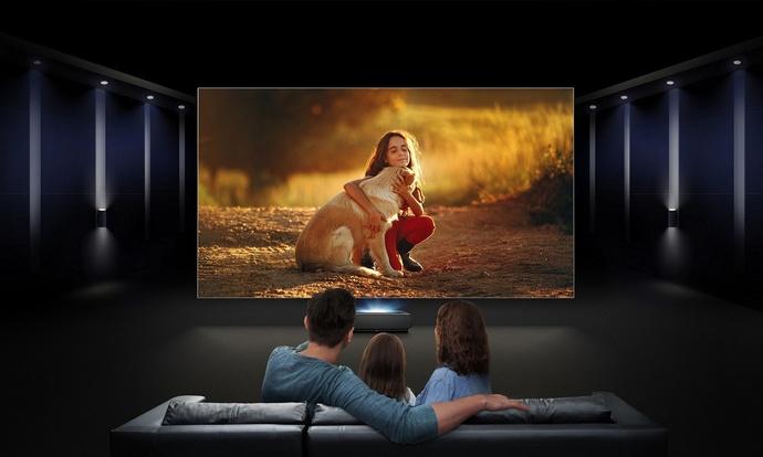 Laserowy telewizor Hisense Sonic Screen Laser TV w Polsce