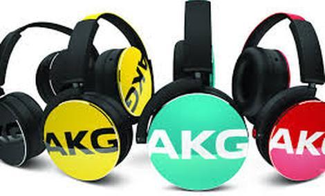 AKG Y50 - Kolejne Ciekawe Słuchawki Nauszne
