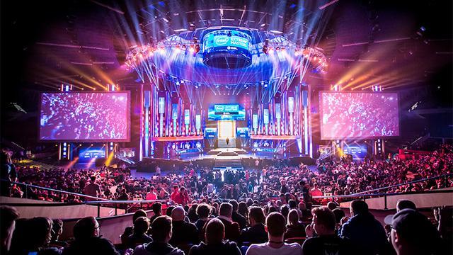 Intel Extreme Masters w Katowicach przyciągnęły tłumy kibiców