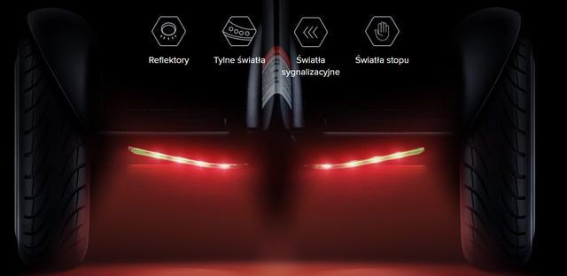 Ninebot ma światła LED oraz reflektory