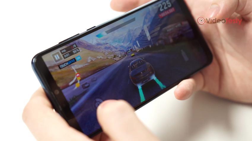 Asus Zenfone Max Pro (M2) sprawdzi się w grach