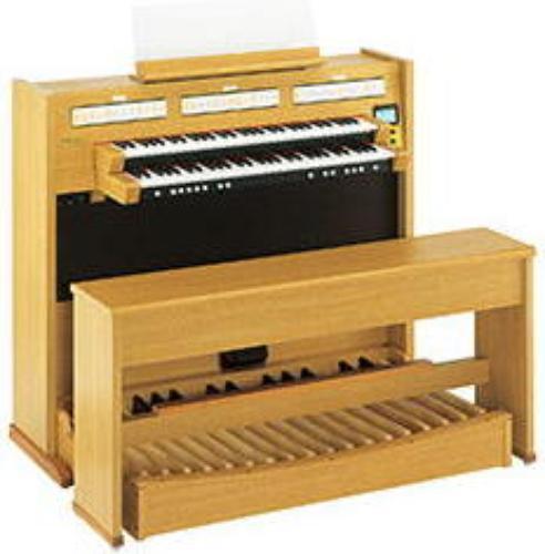 Roland C-330