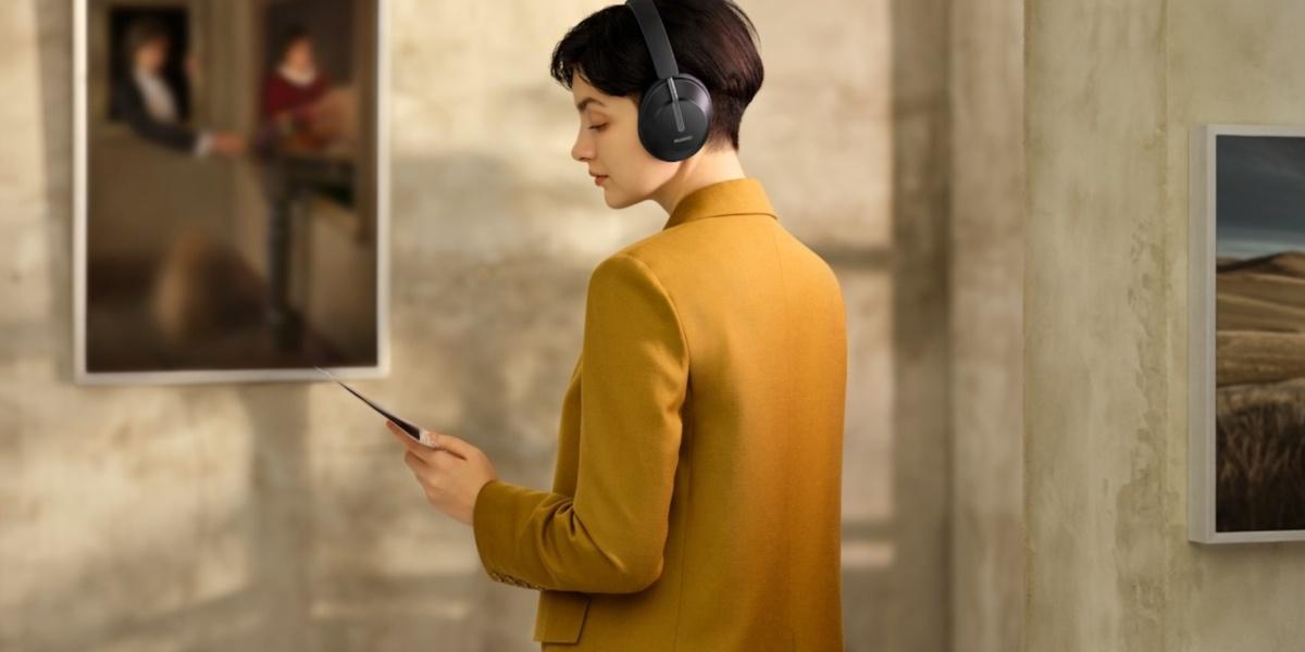 Huawei Freebuds Studio posiadają tryby redukcji szumów