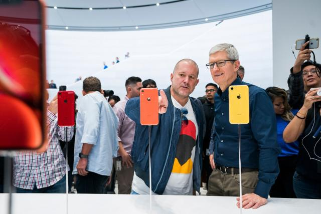 Jonathan Ive pożegnał się z Apple, ale nie do końca (źródło: Apple)