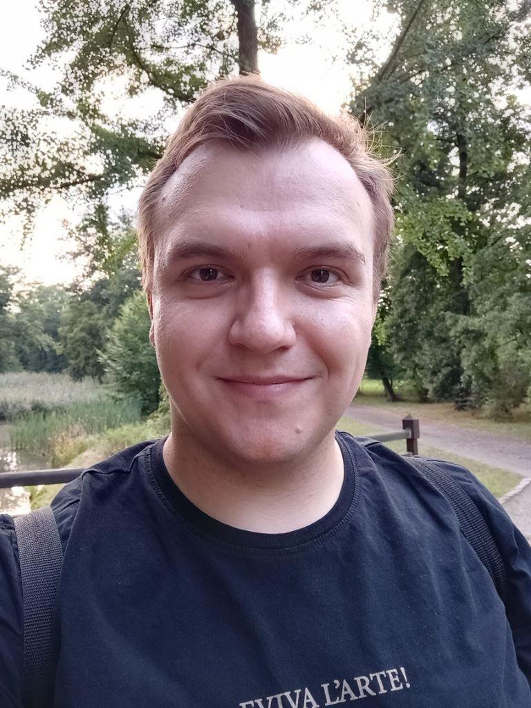 Motorola Moto G60s - selfie w ciągu dnia