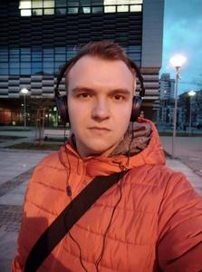 Selfie w gorszym świetle są wygładzone