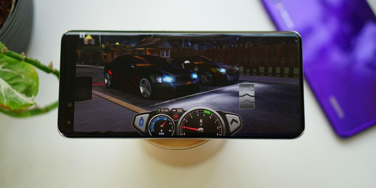 Huawei AppGallery daje szansę zagrać w sporo gier, jak chociażby Top Speed