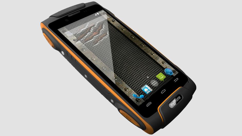 myPhone Hammer Axe - smartfon odporny na zalanie wodą