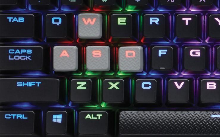 Podświetlenie klawiszy Corsair K65 RapidFire RGB